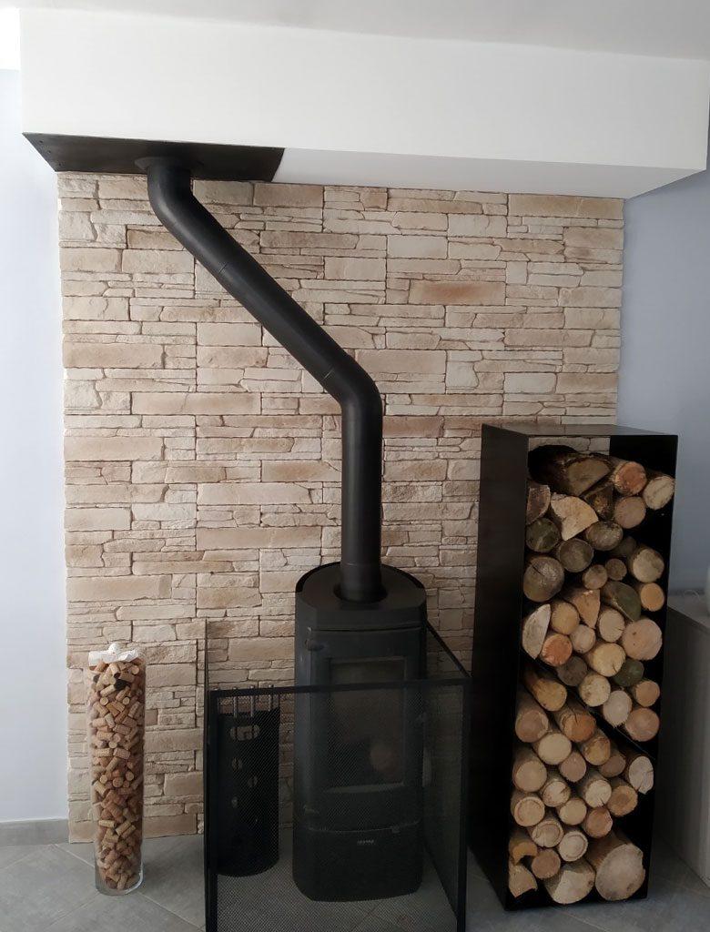 Idee Parement Mur Interieur des idées inspirantes pour habiller vos cheminées et poêles